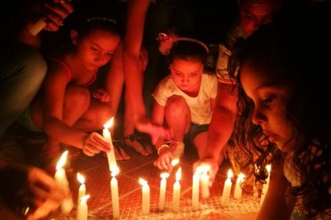 Velatón contra asesinato líderes sociales