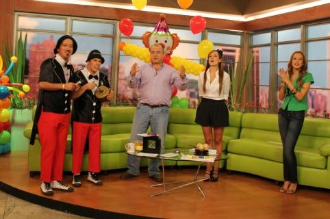 'Los trovadores de cuyes', Jota Mario y Milena López