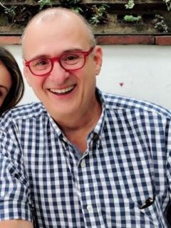 Yaneth Waldman y Jota Mario Valencia, presentadores.