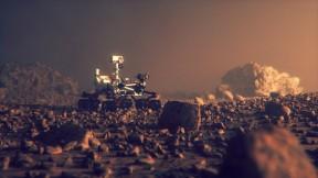 Rover explorando Marte
