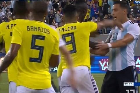 Agarrón entre Colombia y Argentina