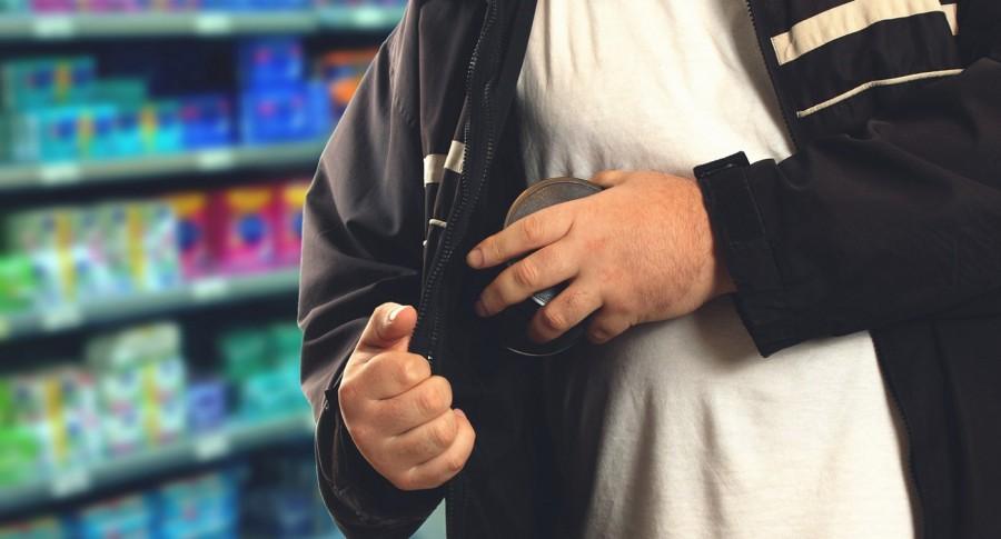 Ladrón en supermercado