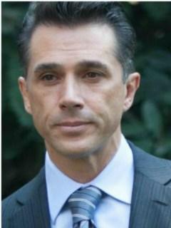 Sergio Mayer, político. / Jordi, actor porno.