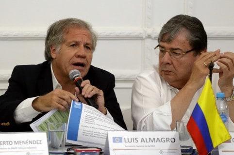 Almagro dice que no se puede descartar una intervención militar contra Maduro