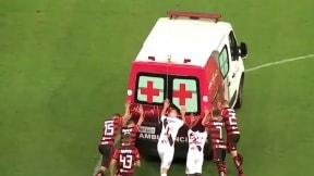Bruno Silva salió en ambulancia