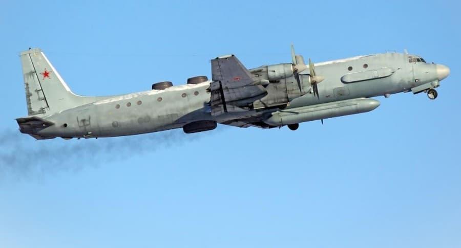 Avión Il-20