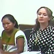 Erika Vargas Castillo, con su abogada, y Claudia Maritza Castiblanco