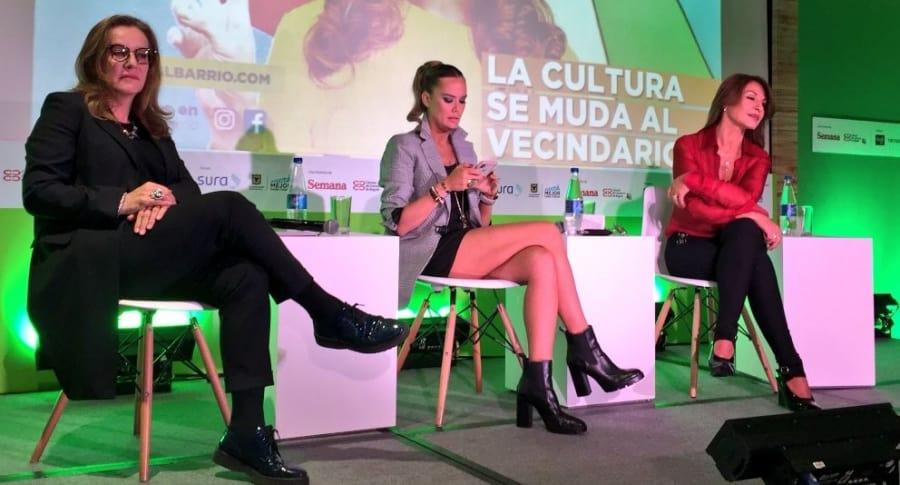 Amparo Grisales y Alejandra Borrero