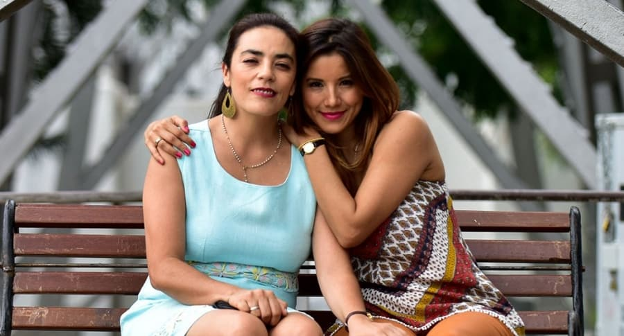 Sandra Reyes y Caterín Escobar,