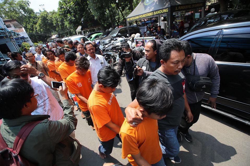 Violencia en Indonesia
