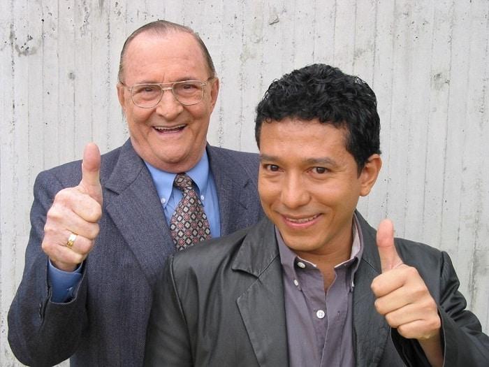 Enrique Colavizza y Gustavo Villanueva 'la Bruja Dioselina', humoristas.