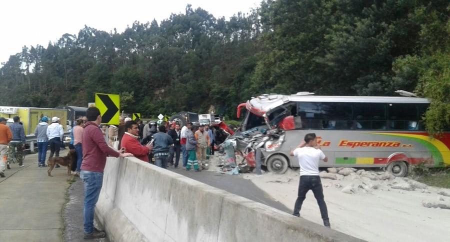 Accidente en la vía Bogotá-La Vega