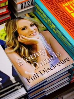 """""""Full Disclosure"""", libro de Stormy Daniels"""