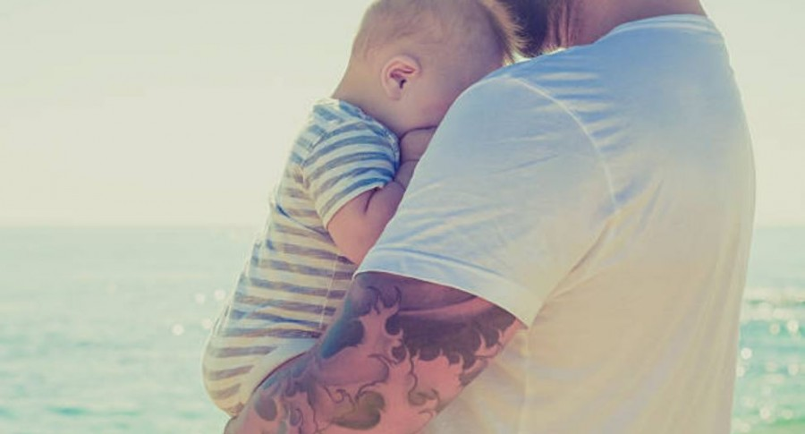 Padre con bebé