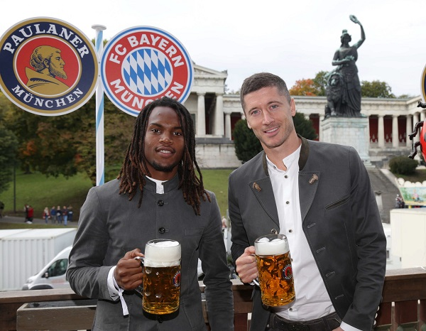 Renato Sanches y Robert Lewandowski