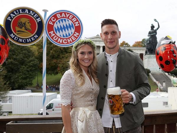 Niclas Suele y su esposa Melissa Halter