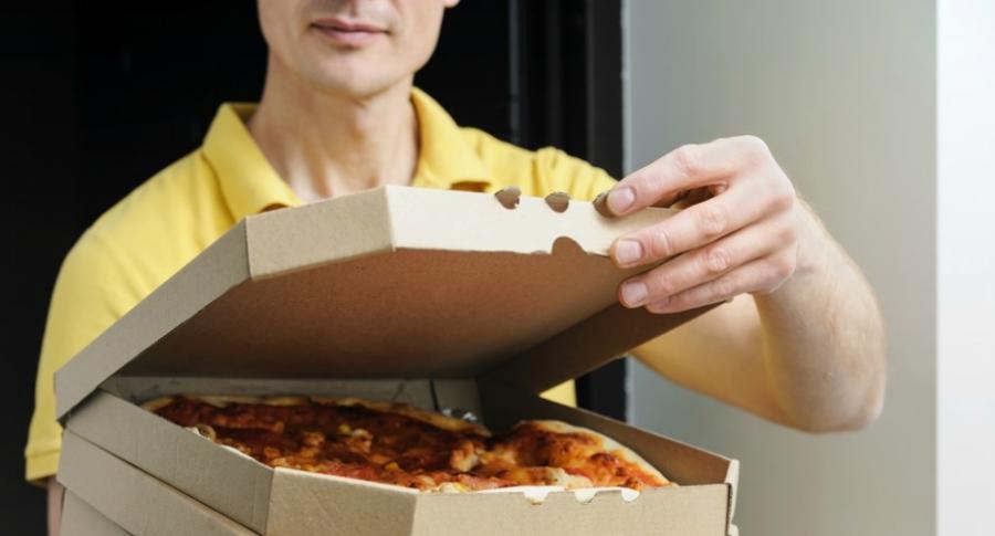 Domicilio de pizza.
