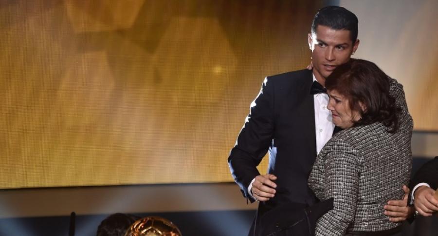 Cristiano Ronaldo y su mamá
