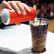 Coca-Cola en un vaso