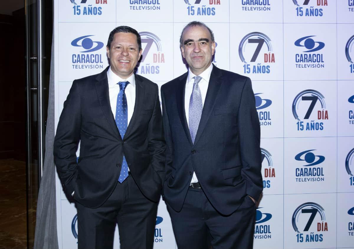 Juan Roberto Vargas, director de Noticias Caracol, y Fidel Cano, director de El Espectador