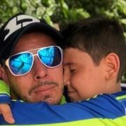Luis Delgado y su hijo