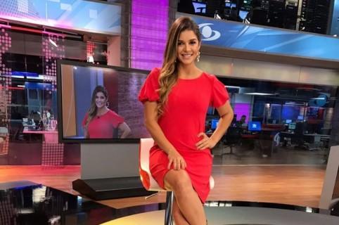 Karen Bray, presentadora.