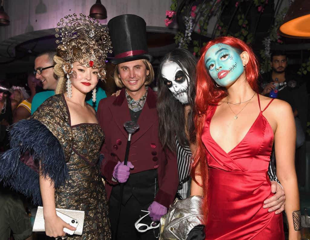 Devon Aoki, Jonathan Cheban, Steve Aoki y Nicole Zimmermann attend Casamigos