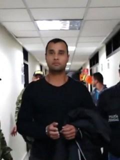 Militar capturado con armas