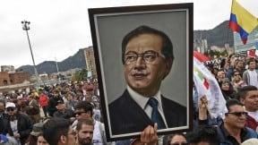 Foto de Gustavo Petro en manifestación