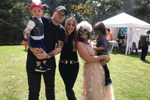 La presentadora Carolina Soto con su esposo Germán González y su hijo; y la actriz Carla Giraldo con su hijo.