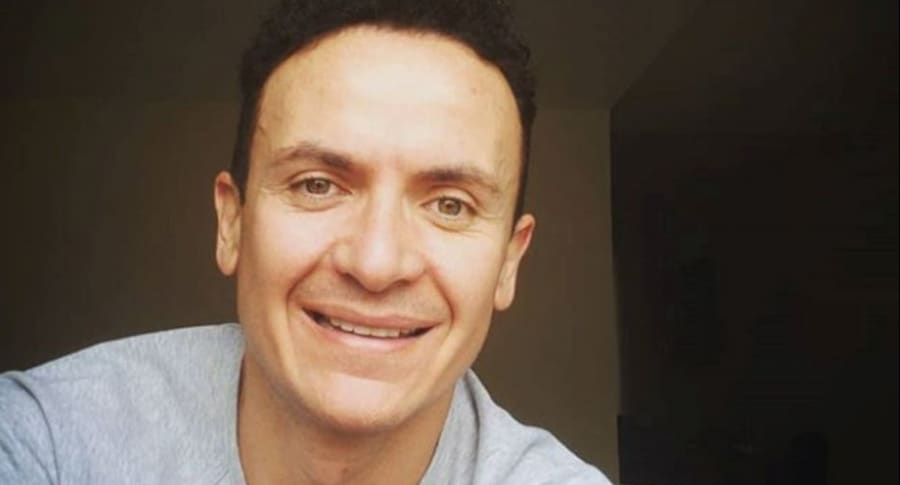 Fonseca, cantante colombiano.