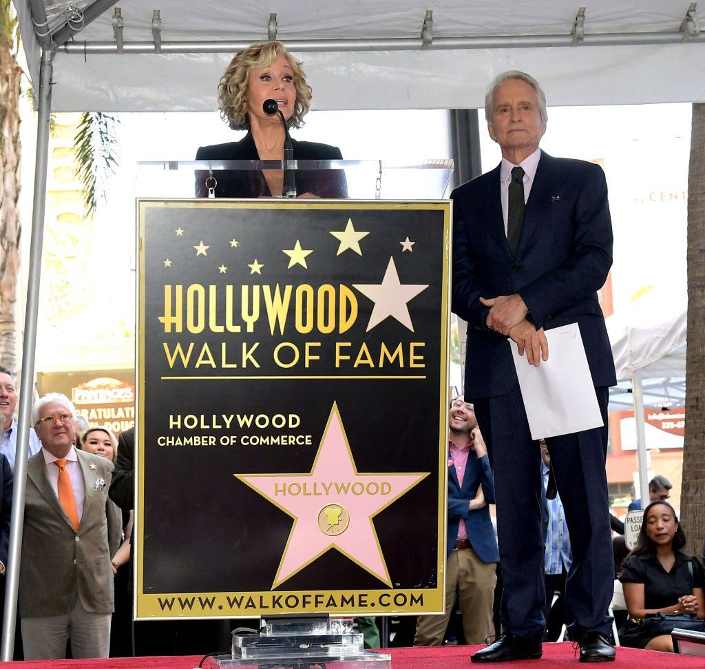 "Jane Fonda and Michael Douglas ""title ="" Jane Fonda and Michael Douglas ""/>   <figcaption class="