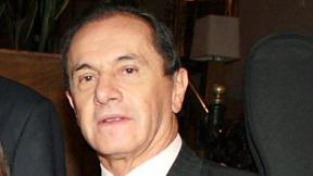 Javier Giraldo Neira