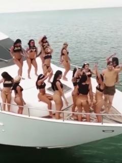 Fiesta sexual.
