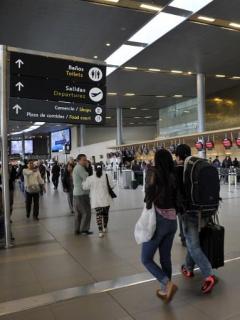 Estas son las aerolíneas con los tiquetes más baratos y caros en Colombia
