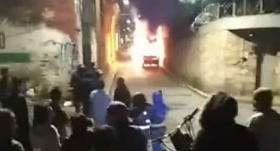 Incendian carro