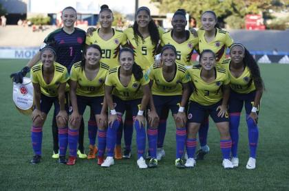 Jugadoras de Colombia posan previo a partido de la Copa Mundial Femenina Sub-17.