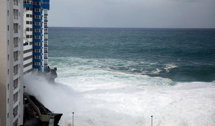 Olas en Tenerife