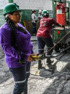 Las 10 empresas mineras en Colombia con mejor reputación en el sector