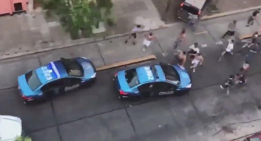 Tres detenidos por un choque entre hinchas de All Boys y policías