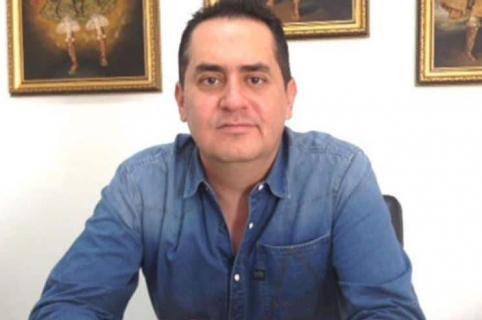 Alcalde Raúl Cardona