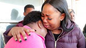 Madre llora muerte de su hija