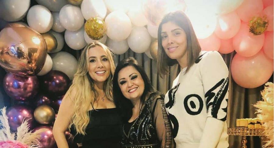 Katerine Peláez, exprotagonista de novela; Lilina Muñoz, imitadora de 'Ana Gabriel'; y Andreina Fiallo, exesposa de Fredy Guarín.