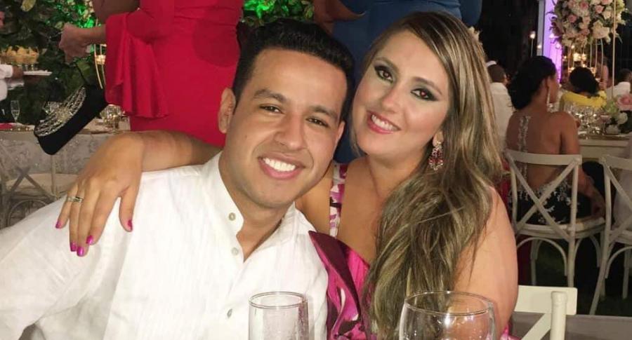 Martín Elías, cantante (Q.E.P.D.), con su esposa Dayana Jaimes.