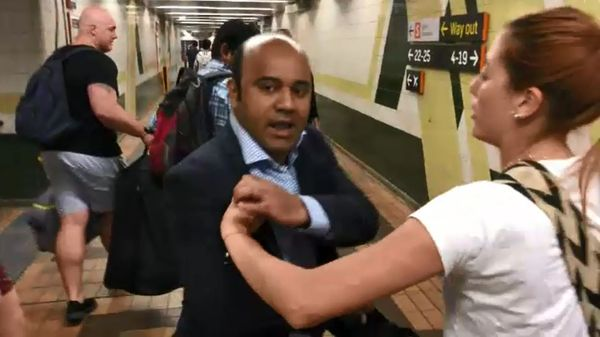Pelea en el metro de Sydney
