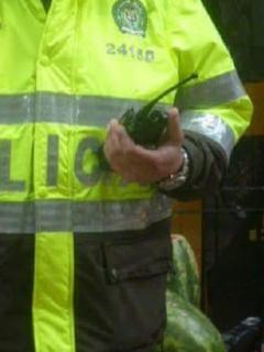 """""""Los pusimos a perder, 'tombos' hp"""": vándalos roban radios a policías y se filtra audio"""