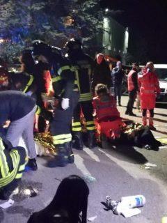 Estampida en Italia deja al menos 6 muertos y 120 heridos