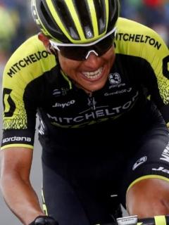 Esteban Chaves se quita presión y no se ve como máximo líder de su equipo en la Vuelta
