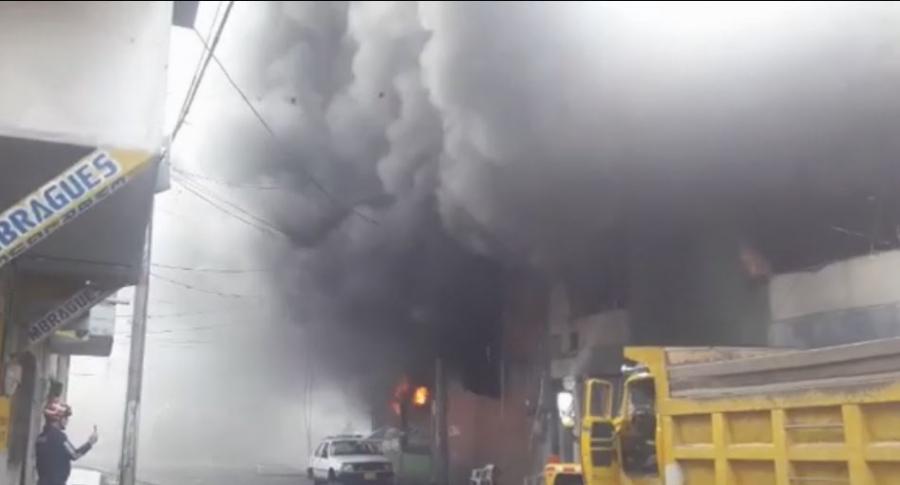 Incendio en ferretería de Palmira