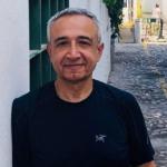 Ramazan Gençay, profesor turco-canadiense